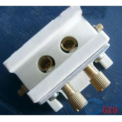 G15/GX15 lamp holder